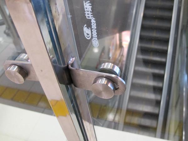 Stainless steel handrail bracket details