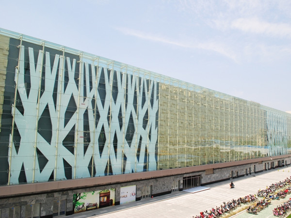shopping mall glass facade